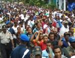 2 Didepan Ribuan Masa aksi yang dikawal ketat oleh Patapa  ( Kepolisian  NRFPB ) Ruben Bonay melakukan orasi-orasi politik yang mebangkitkan semangat juang bangsa papua di wilayah II Saireri