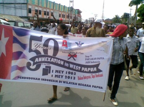 Demo in Jayapura, May 1 (photo: Dawn Treader)