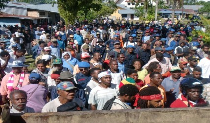 2000 people gathered in Sorong for prayers for the West Papua Freedom Flotilla (Photo: NFRPB/WPM sources)