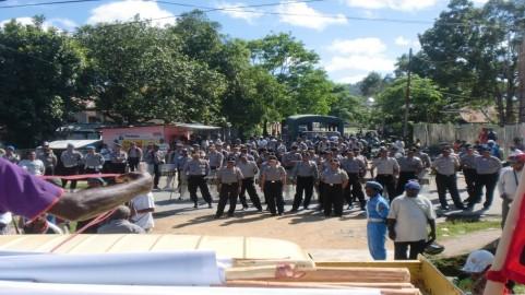 sorong freedom flotilla congregation police